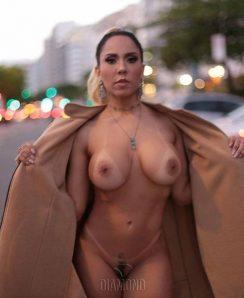 Renata Frisson aka Mulher Melao nude