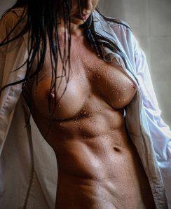 Eliza Rose Watson nude