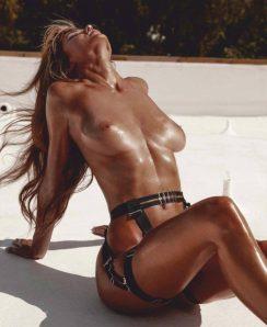Hayley Maxfield nude