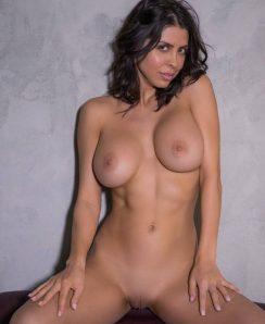 Divina Almeraz Casas nude