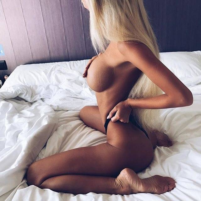 Mayer nude marta Marta Mayer