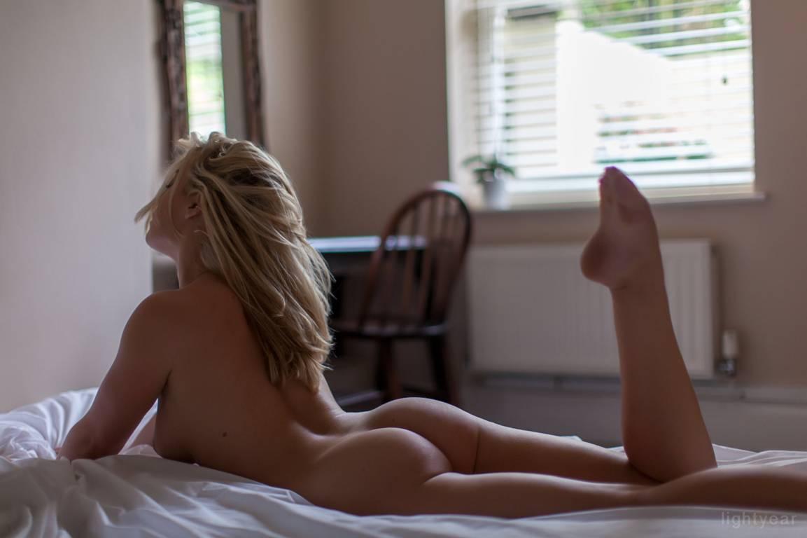 https://fitnakedgirls.com/wp-content/uploads/2020/03/FitNakedGirls.com-Rosa-Brighid-nude-11.jpg