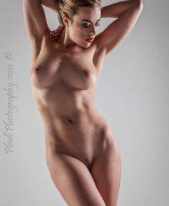 Rosa Brighid nude