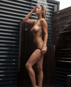 Ashley Marie Dickerson nude