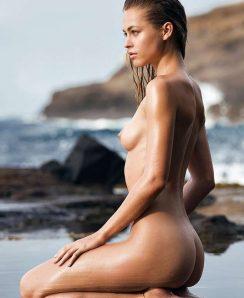 Hilary nackt Rhoda Free nude