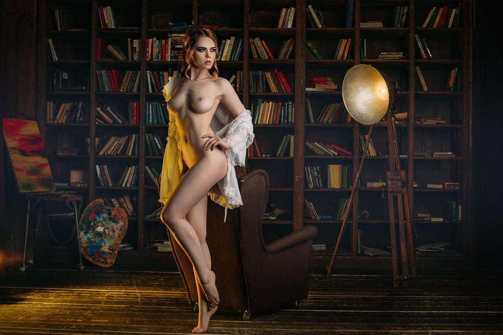 Nackt  Ellina Myuller 17 Photos