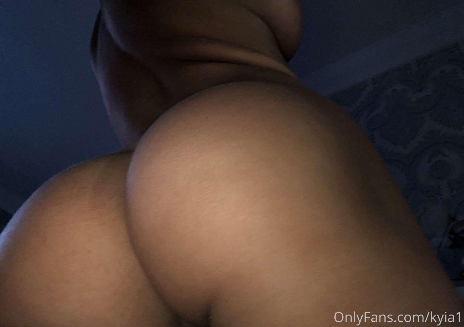 https://fitnakedgirls.com/wp-content/uploads/2020/06/FitNakedGirls.com-Kyia-Peters-nude-11.jpg