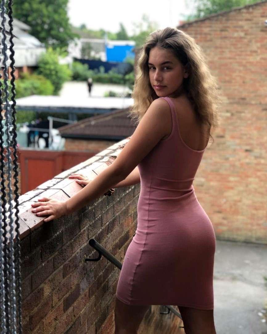 https://fitnakedgirls.com/wp-content/uploads/2020/06/FitNakedGirls.com-Kyia-Peters-nude-26.jpg