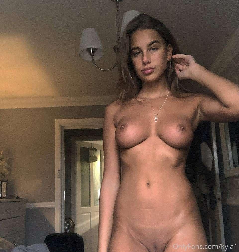 https://fitnakedgirls.com/wp-content/uploads/2020/06/FitNakedGirls.com-Kyia-Peters-nude-45.jpg