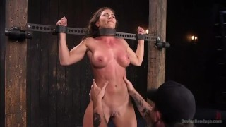 Female Abs Scene 15