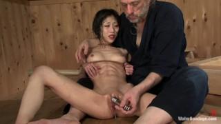 Female Abs Scene 20