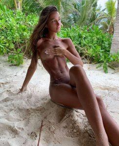 Carlota Ensenat nude