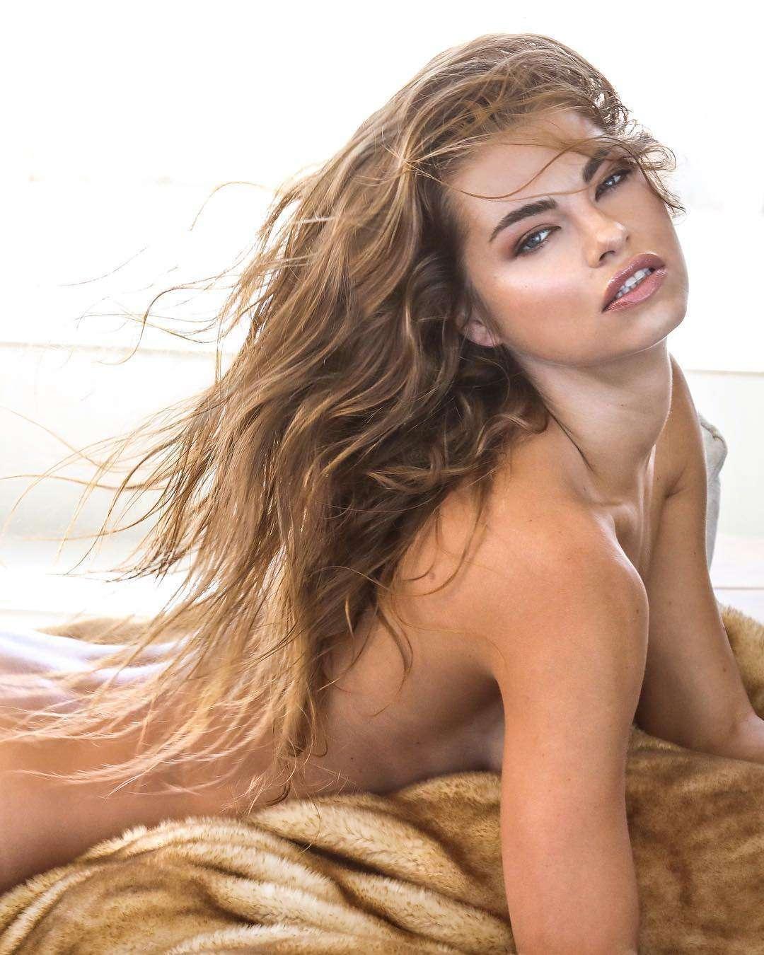 Anastasia Grik  nackt