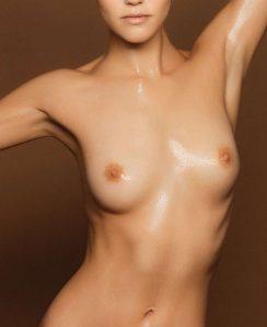 Ollie Kram nude