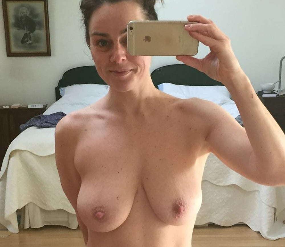 https://fitnakedgirls.com/wp-content/uploads/2020/10/FitNakedGirls.com-Jill-Halfpenny-nude-31.jpg