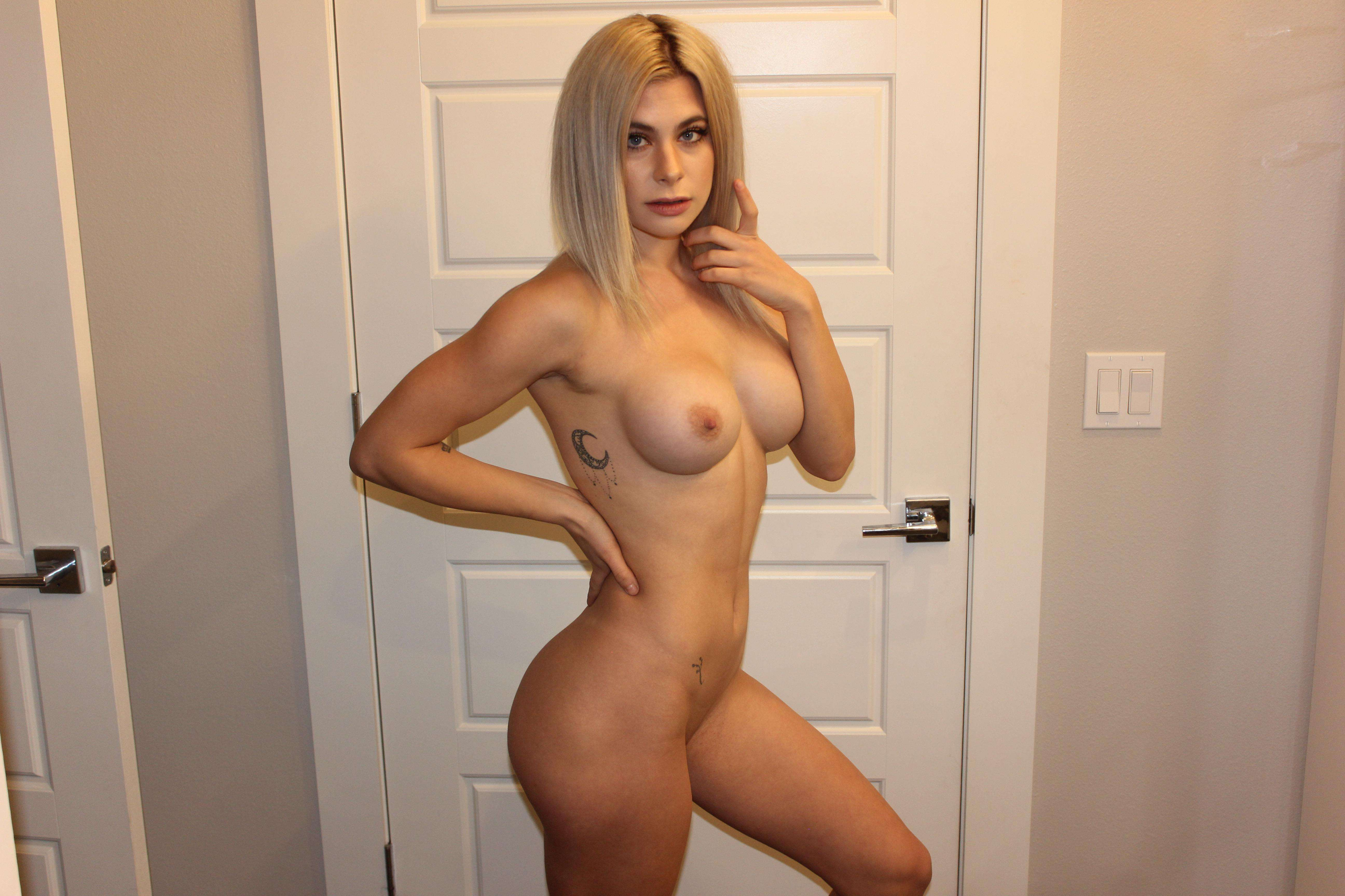 https://fitnakedgirls.com/wp-content/uploads/2020/10/FitNakedGirls.com-Livi-Mawie-nude-27.jpg