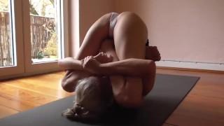 Sexy Nude yoga